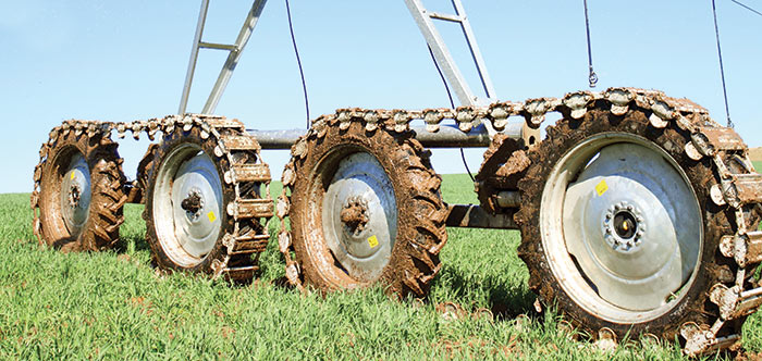 Articulating 4-wheel Drive Valley Irrigation 8000 Series